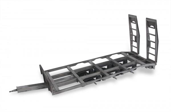 3-Achs-Tieflader, Teilesatz für Rohbau aus Stahlblech (kein Tamiya Maßstab)